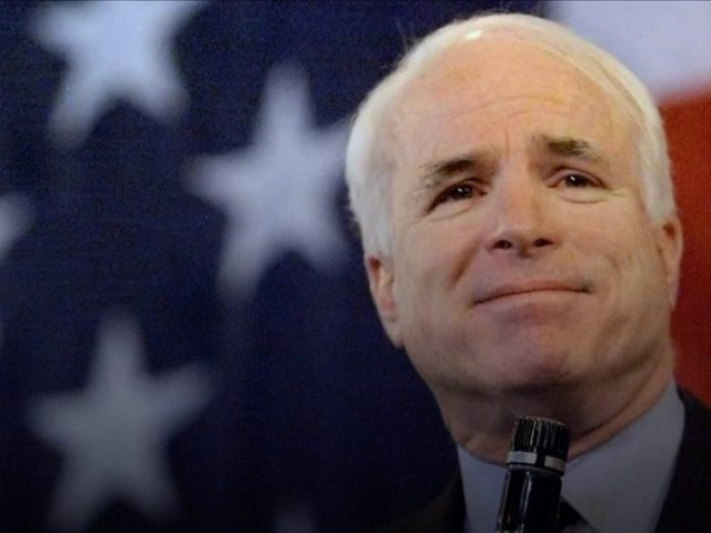 Senator AS John McCain Meninggal Dunia