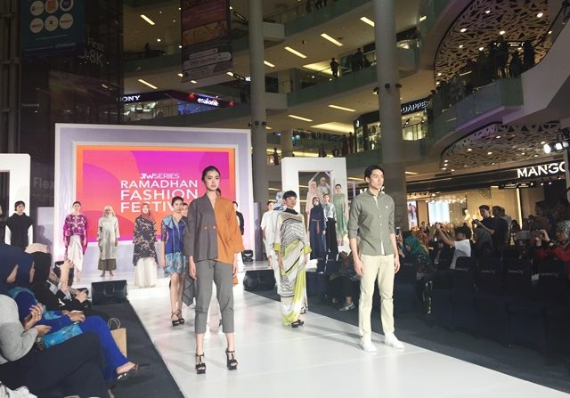 One-Stop Shopping, Berburu Label Beken di Ramadan Fashion Festival