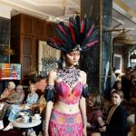 Pesona Kalimantan Jadi Highlight Indonesia Fashion Week 2020