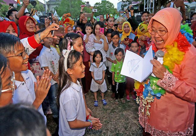 Ultah Risma di Road Show Smart City