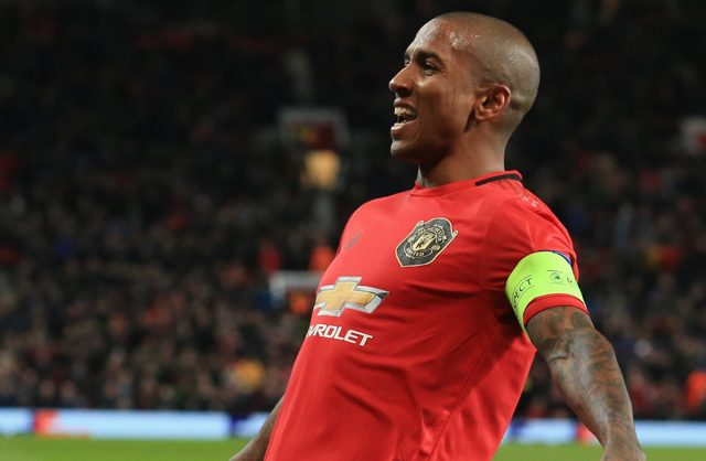 Ashley Young Bakal Dilepas, Nemanja Matic Nyatakan Loyal ke United