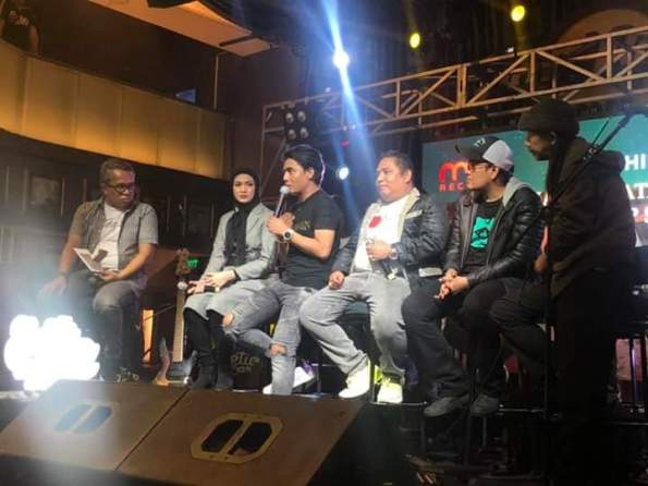 Digaet Setia Band Jadi Model Video Klip, Donita Kaget